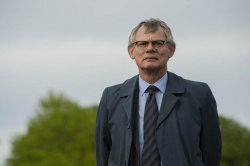 ITV orders 'Manhunt II' with Martin Clunes