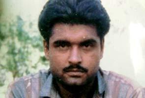 Convicted Indian spy dies in Pakistan