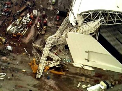 Brazil stadium collapses, killing three