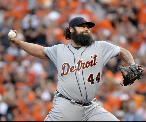Indians sign Joba Chamberlain
