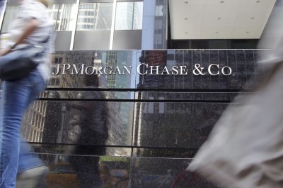 3 JPMorgan Chase traders charged with manipulating precious medals markets