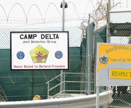 U.S. transfers 6 detainees from Guantanamo Bay to Uruguay