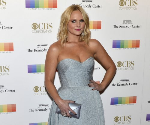 Miranda Lambert gushes over boyfriend Anderson East on Instagram