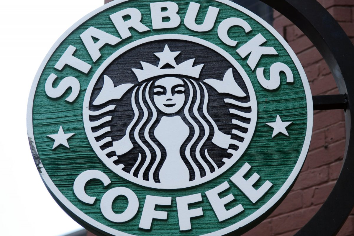 Saudi starbucks fixes gender wall allows women in store upi biocorpaavc Image collections