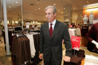 Macy's CEO Lundgren stepping aside in corporate shakeup