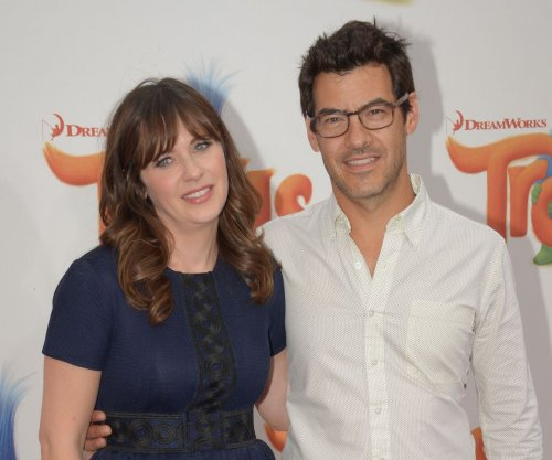 Report: 'New Girl' star Zooey Deschanel pregnant with baby No. 2
