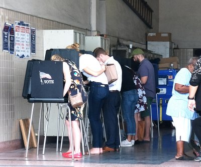 Appeals court: Ex-felons shouldn't have to pay fines to vote in Florida