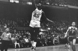 Former Celtics point guard and coach K.C. Jones dead at 88