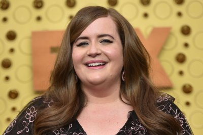 Aidy Bryant celebrates 'Shrill' Season 3 wrap: 'I love this cast'