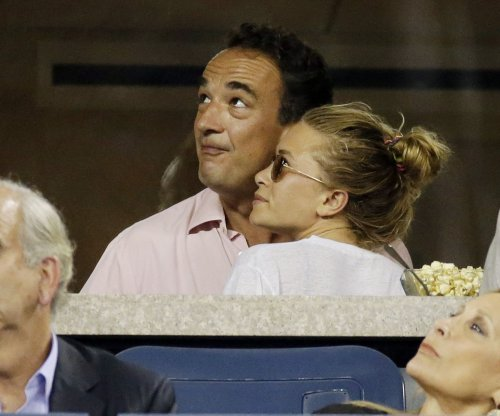 Mary-Kate Olsen marries Olivier Sarkozy in New York City