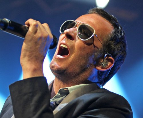 Remaining Stone Temple Pilots members release video remembering Scott Weiland