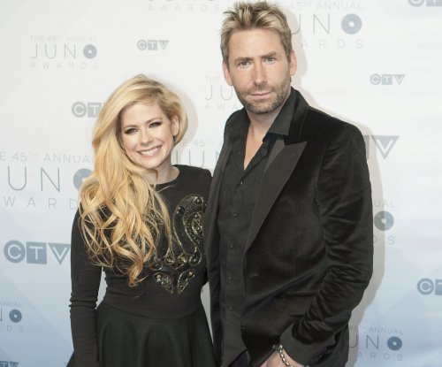 Avril Lavigne calls out Mark Zuckerberg for Nickelback diss