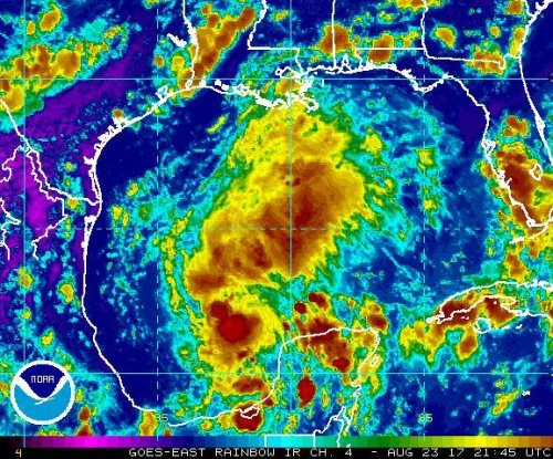 Harvey strengthens into tropical depression again