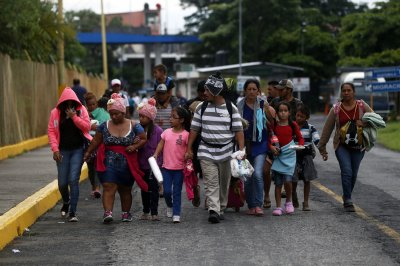 Central American migrant caravan grows to more than 5,000 people