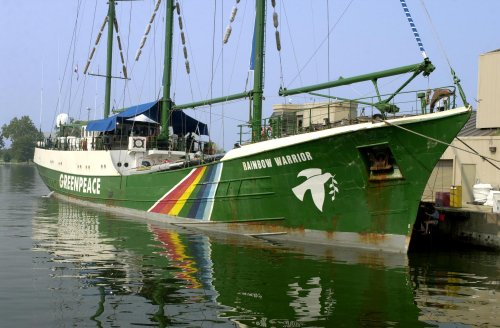 Greenpeace vessel, Arctic Sunrise, leaves Russia