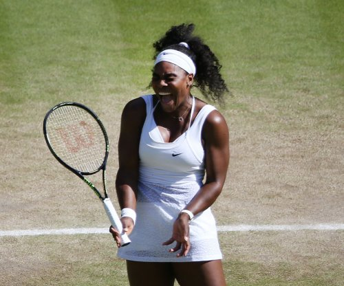 Wimbledon: Williams throttles Sharapova