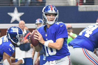 Eli Manning, Victor Cruz reconnect as New York Giants down Dallas Cowboys