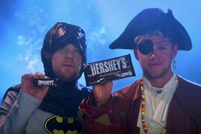 James Corden, One Direction's Niall Horan release Halloween-themed music video 'Candy'