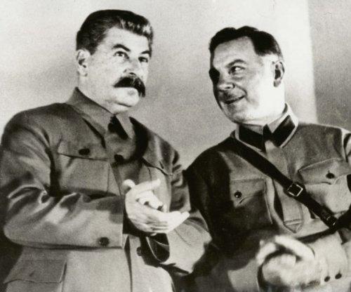 Soviet orders plotters slain