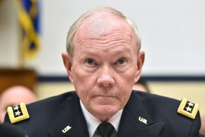 Gen. Dempsey: U.S. advisers await Iraqi troops