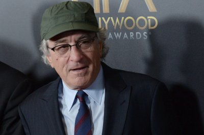 Robert De Niro to co-direct 'Bronx Tale: The Musical' at New Jersey's Paper Mill Playhouse