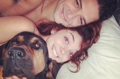 Sarah Hyland defends intimate photo with Wells Adams