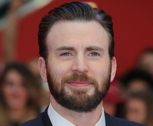 'Captain America' star Chris Evans narrates 'Superpower Dogs' doc