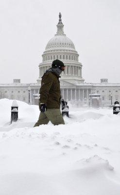 Blizzard smothers East Coast