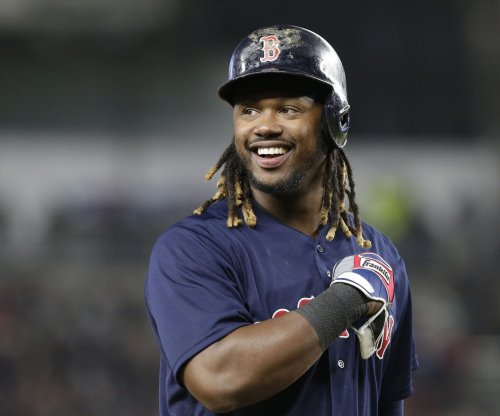 Hanley Ramirez's clutch hitting leads Boston Red Sox to victory over Pittsburgh Pirates