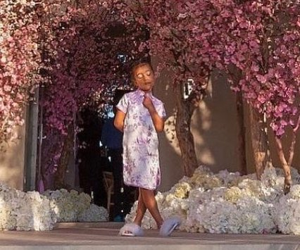 Kim Kardashian posts photo of North West from baby shower