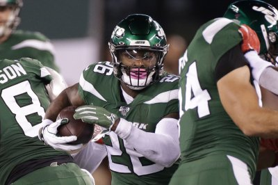 Jets RB Le'Veon Bell to miss 'couple of weeks' due to hamstring injury