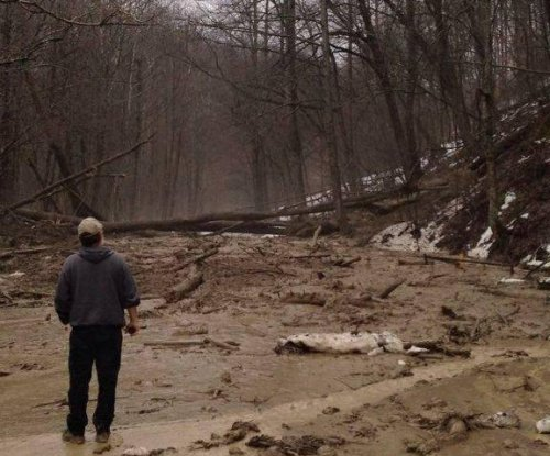 Residents flee after slide near West Virginia-Kentucky border