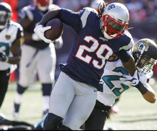 New England Patriots RB LeGarrette Blount on crutches