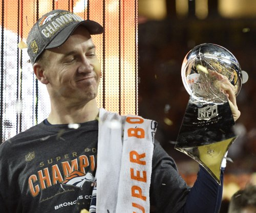 Peyton Manning's mom: 'I would like for him to retire'
