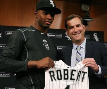 Chicago White Sox sign prized Cuban prospect Luis Robert with $26M bonus
