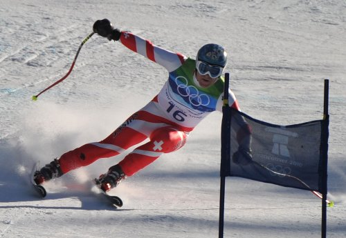 Theaux, Cuche tops in downhill practice