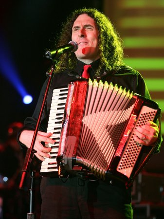 Fan starts petition seeking Weird Al Yankovic to play Super Bowl halftime show