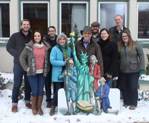 Indiana courthouse nativity scene to feature Bill of Rights
