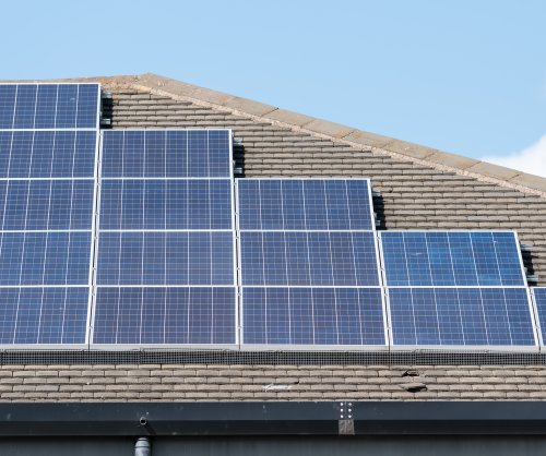 Schools in oil-rich Alberta to get solar panels