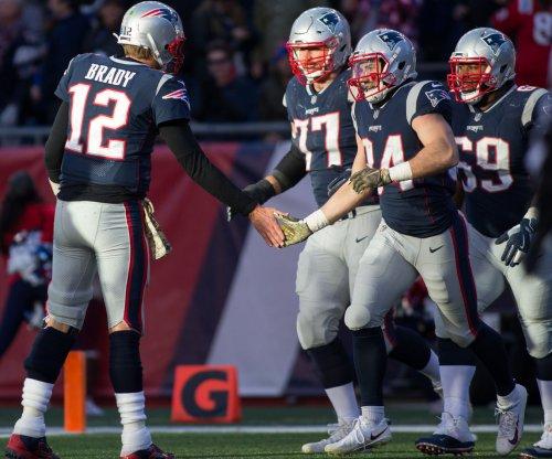 Report: Collision with RB Rex Burkhead caused Tom Brady injury