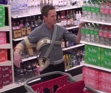 Neil Patrick Harris pranks Target shopper on 'Ellen'