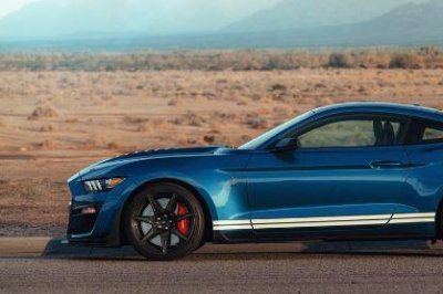 New Shelby Mustang steals the show at Detroit Auto Show