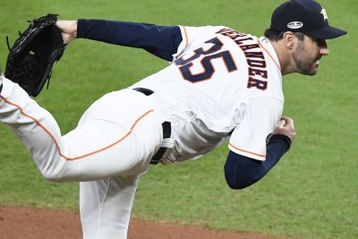 Astros pitcher Verlander agrees to $66M extension