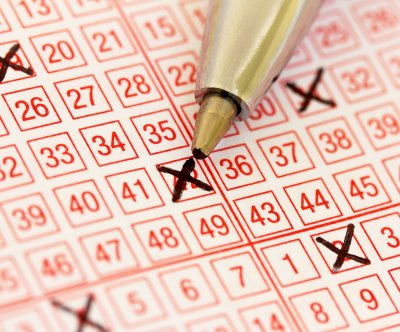 Wife's birthday present to husband wins $350,000 lottery jackpot