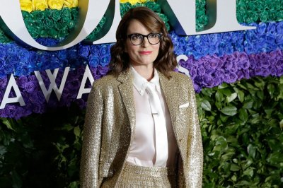 '30 Rock' episodes with blackface pulled at Tina Fey's request