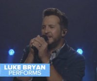 Luke Bryan performs 'Waves' on 'Good Morning America'