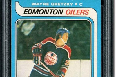 Wayne Gretzky rookie card sells for record $3.75 million