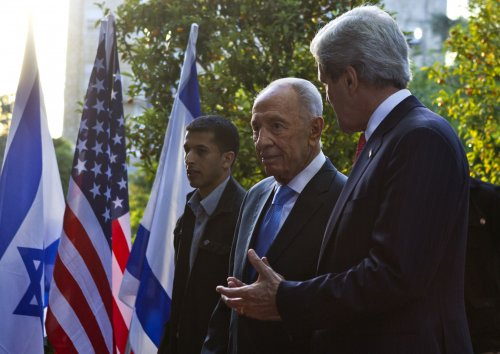 Peres: Kerry efforts could lead to renewed peace talks