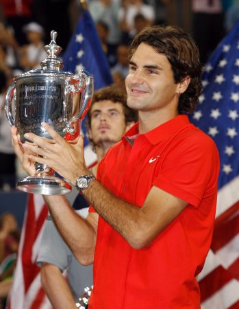 Federer signs on for Davis Cup first round