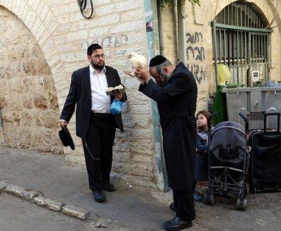 Jews celebrate holiest day of year